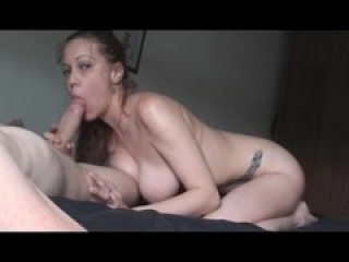 Homemade Blowjob Girl with Big Tits suckin big cock